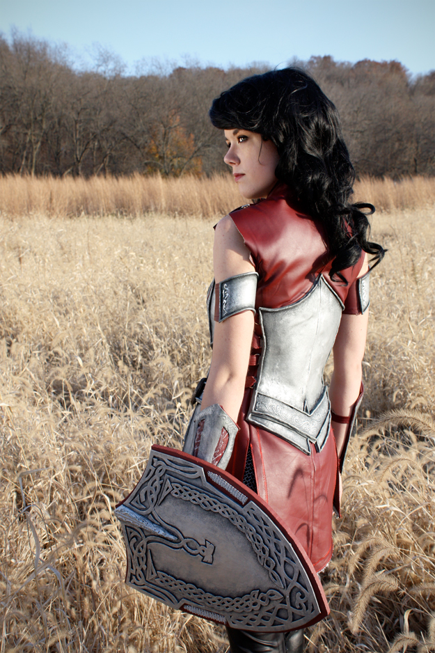 Lady Sif Back